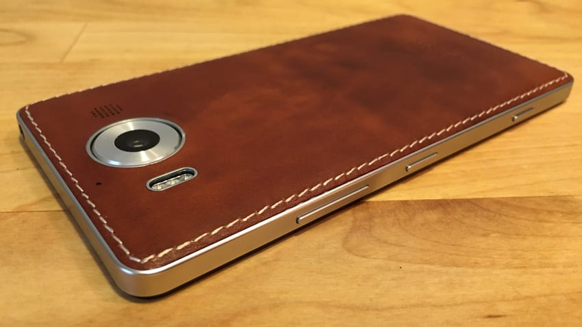 mozo 950  Hands-On: Mozo Leather Cover for Lumia 950 -