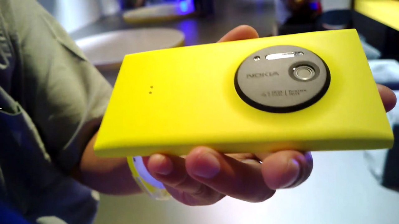 Unsupported Windows Phones Can No Longer Get Windows 10 Mobile Insider Preview Builds