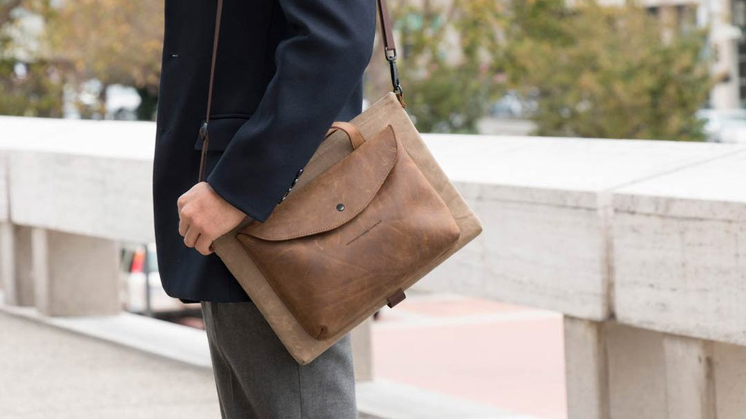 14588ff76fe3 Waterfield Designs Syde Surface Book Case Review - Thurrott.com