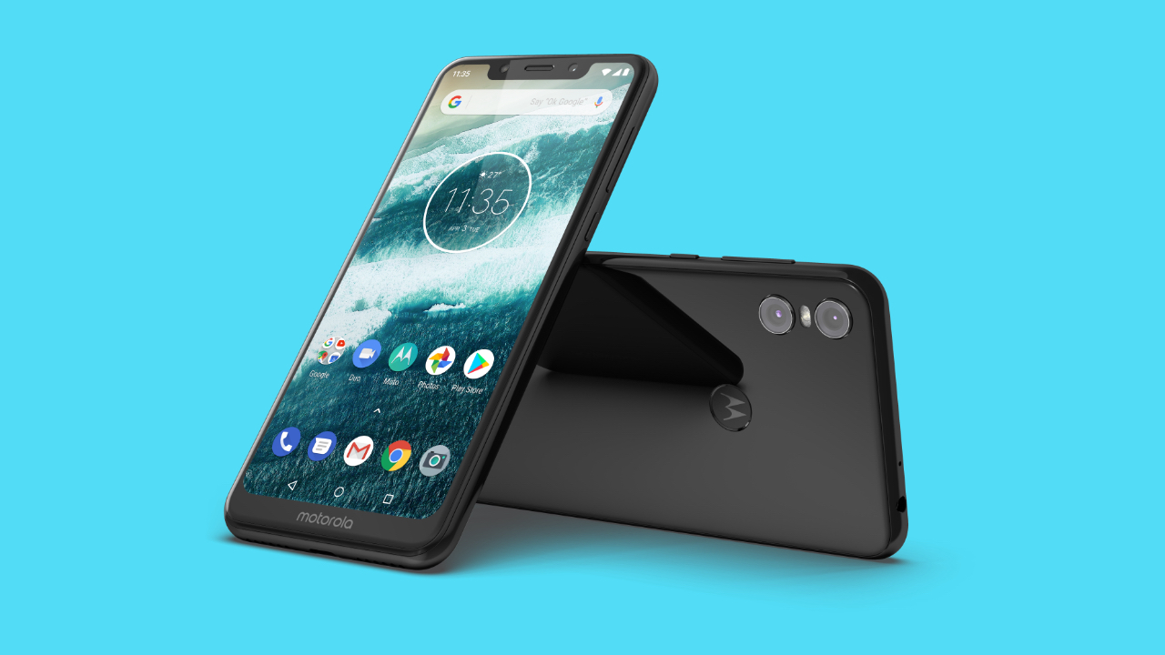 Motorola's New Android One Phones Are Budget iPhone X Clones