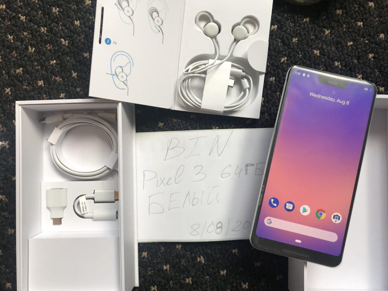 Google Pixel 3 XL unboxing video, USB-C earbuds leak