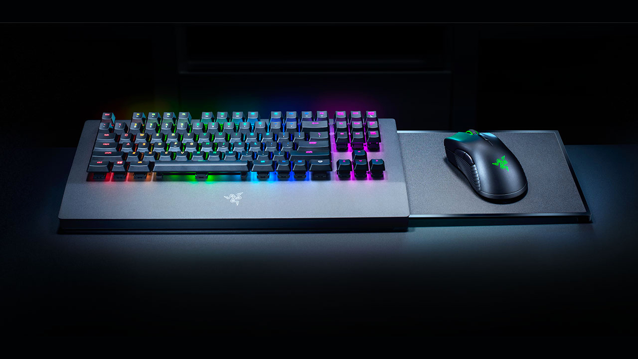 Our First Look at Razer's Wireless Keyboard and Mouse for the Xbox
