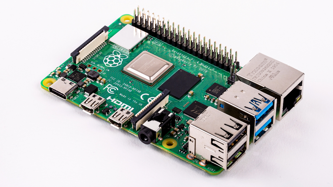 Brand new Raspberry Pi 4 supports 4GB of RAM and 4K displays