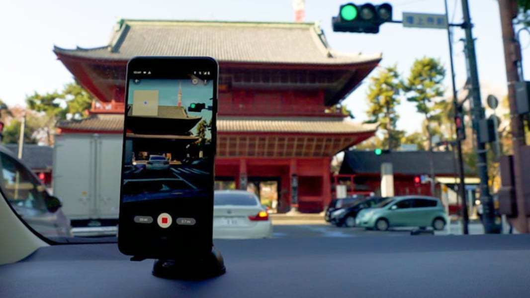 Android users can now shoot and publish their own Street View images